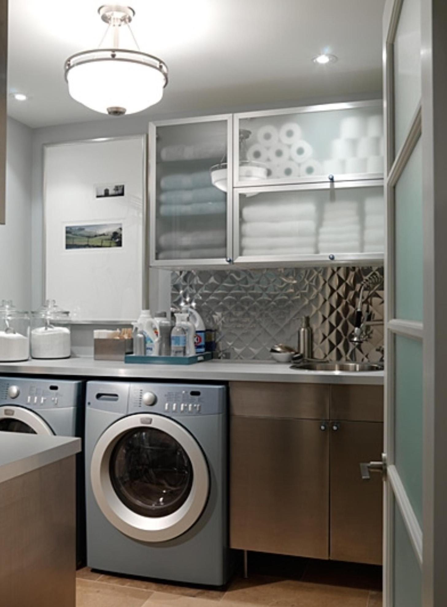 Small Laundry Room Design Ideas 15
