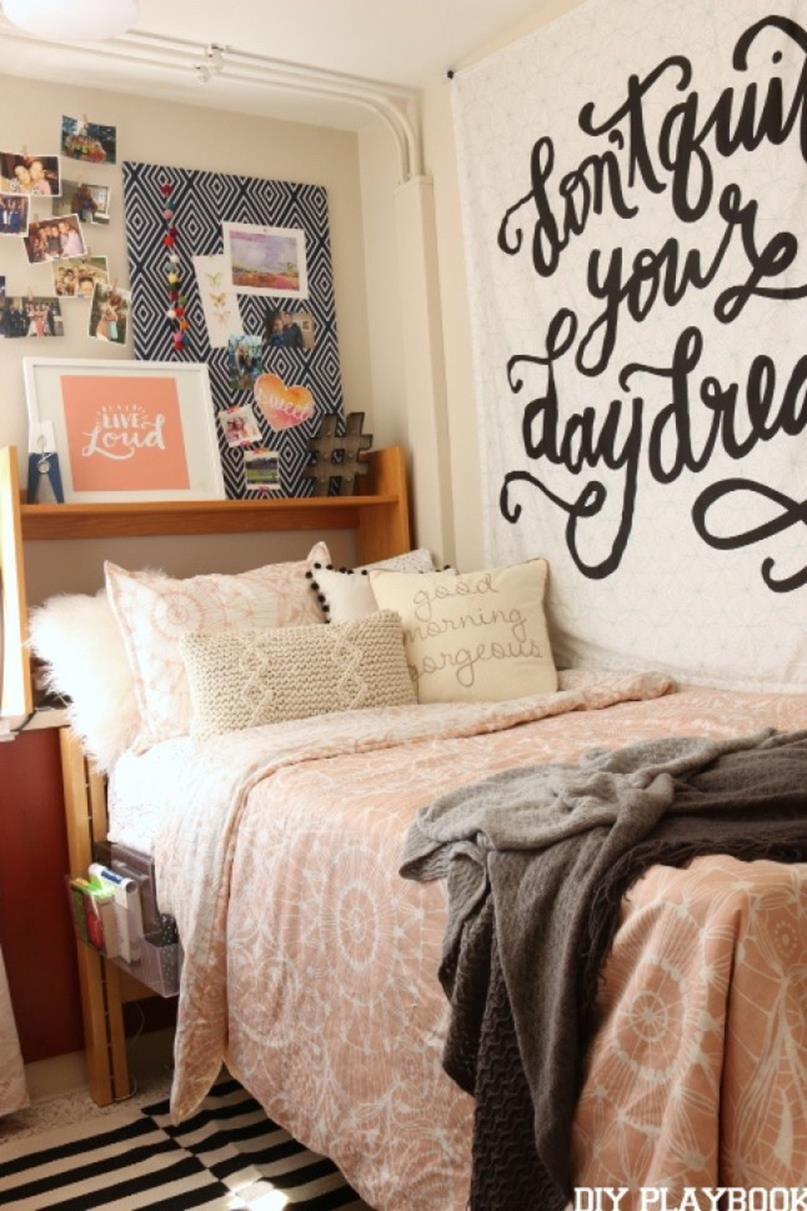 College Dorm Wall Decor For Girl 32