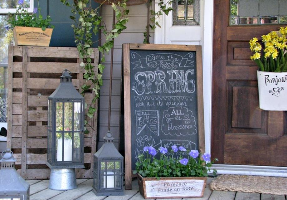 Country Front Porch Spring Decorating Ideas 22