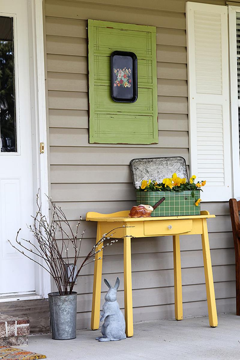 Country Front Porch Spring Decorating Ideas 3