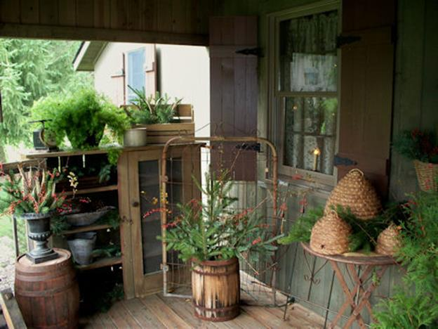 Country Front Porch Spring Decorating Ideas 5