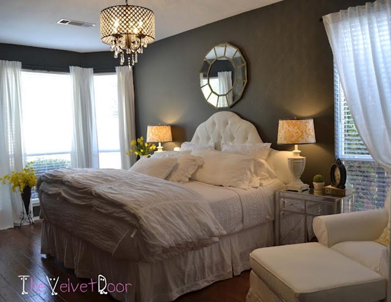 Cozy Romantic Relaxing Bedroom Color Ideas 34