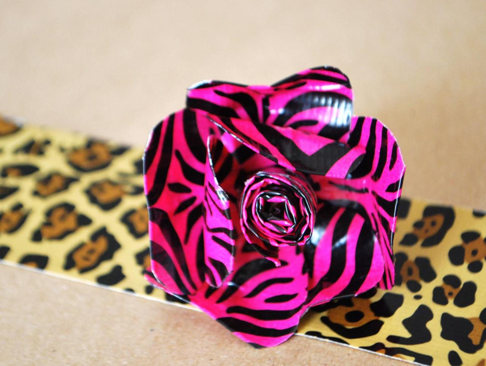 DIY Easy Crafts With Duct Tape 21