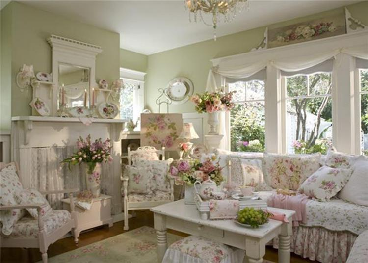 Shabby Chic Living Room Decorating on A Budget 20