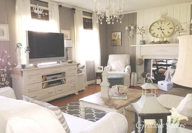 Shabby Chic Living Room Decorating on A Budget 36