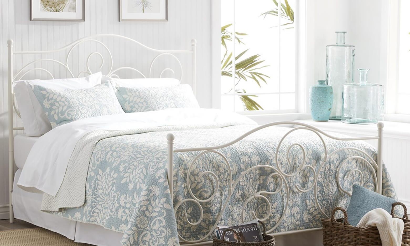 Bedroom Decorating Ideas for Spring 32