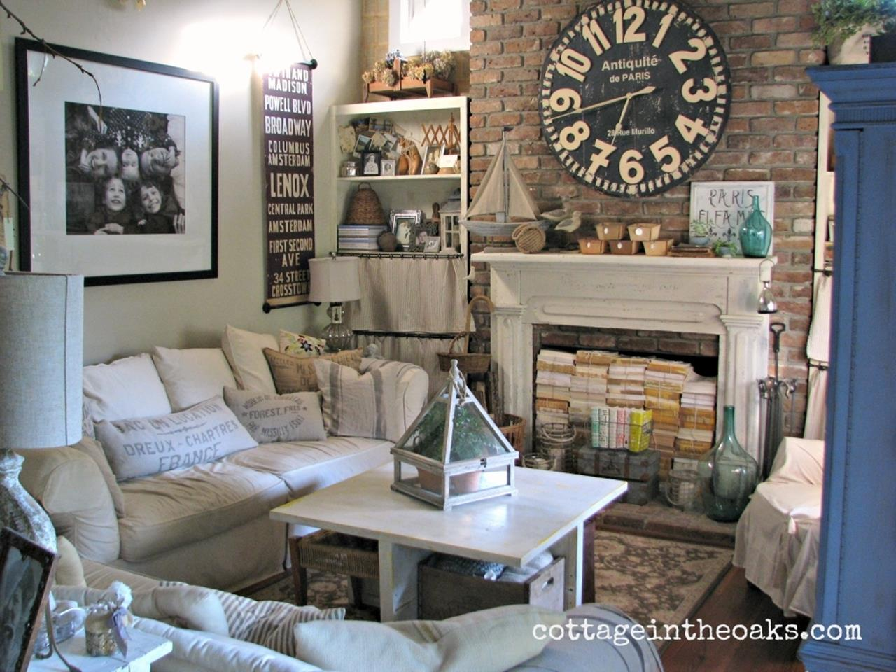 City Chic Living Room Decorating Ideas On a Budget 16