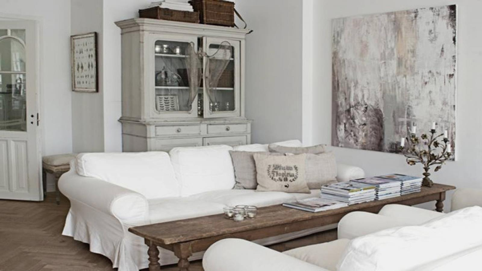 City Chic Living Room Decorating Ideas On a Budget 30