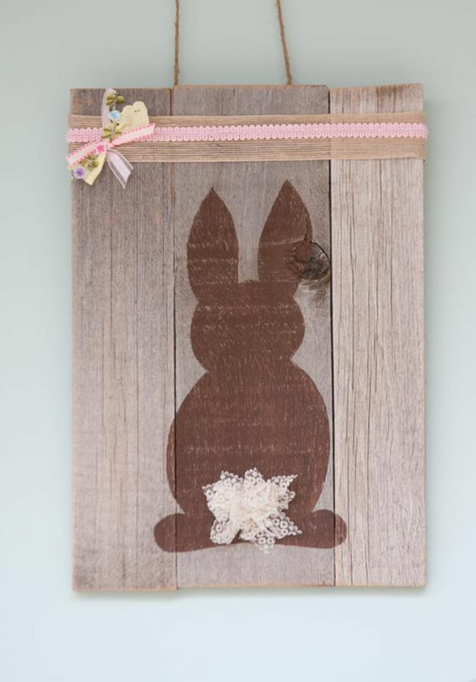 Cute Wooden Easter Decorations for the Outside 13