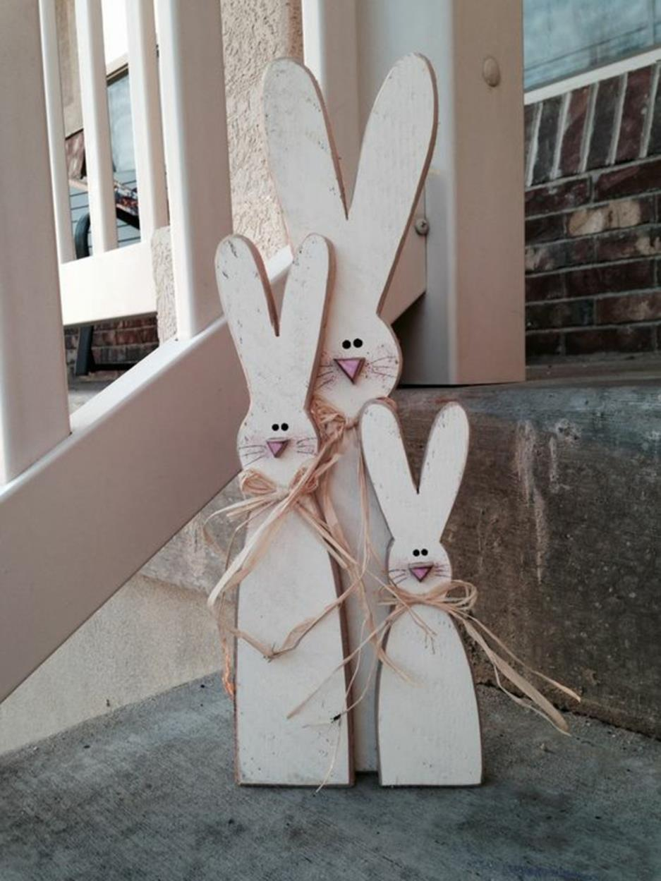 Cute Wooden Easter Decorations for the Outside 14