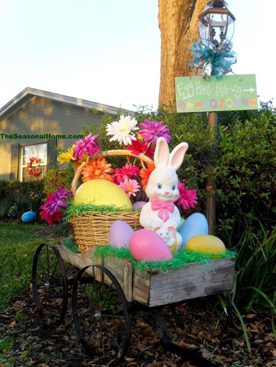 Cute Wooden Easter Decorations for the Outside 23