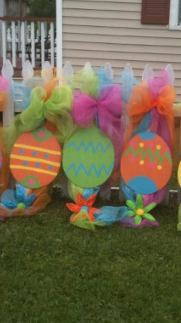 Cute Wooden Easter Decorations for the Outside 25