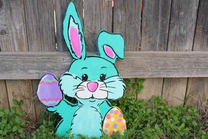 Cute Wooden Easter Decorations for the Outside 26
