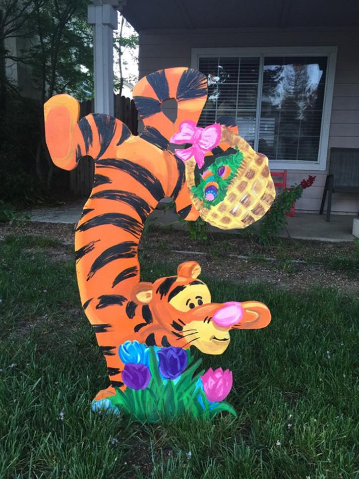 Cute Wooden Easter Decorations for the Outside 28