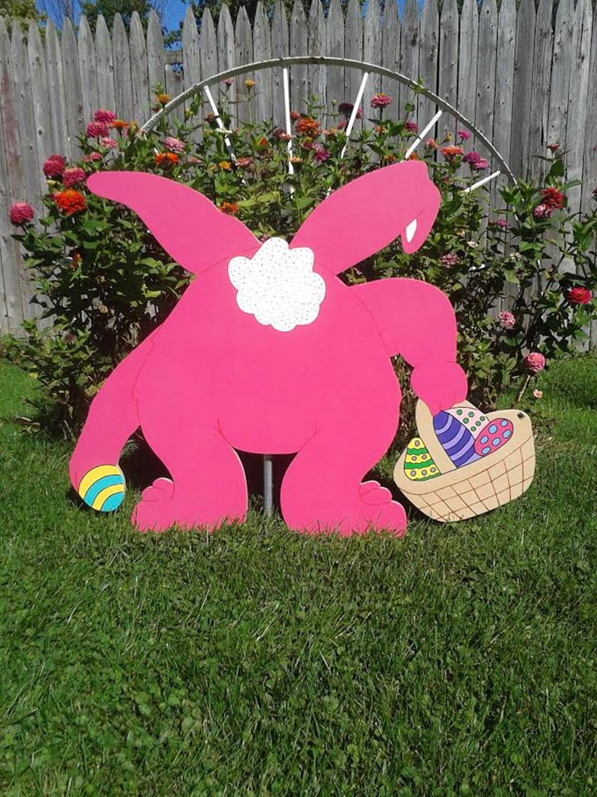 Cute Wooden Easter Decorations for the Outside 32