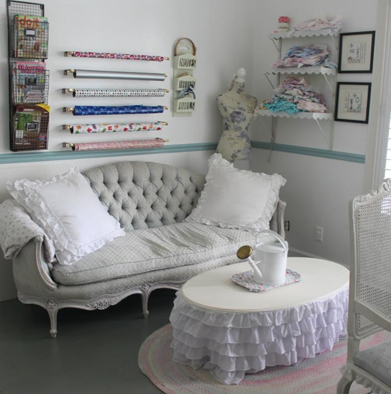 Inexpensive Shabby Chic Craft Table Ideas 15