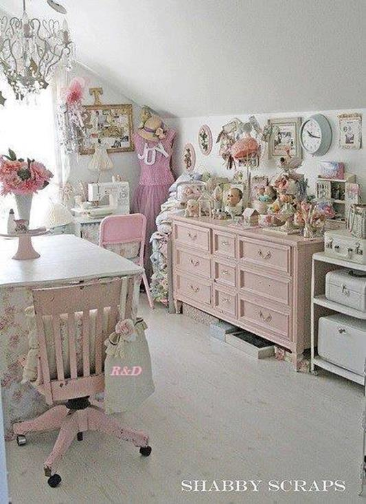 Inexpensive Shabby Chic Craft Table Ideas 34