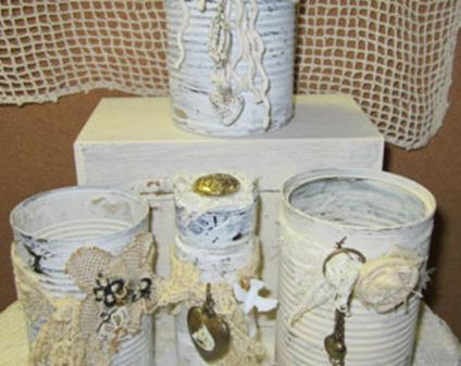 Inexpensive Shabby Chic Craft Table Ideas 4