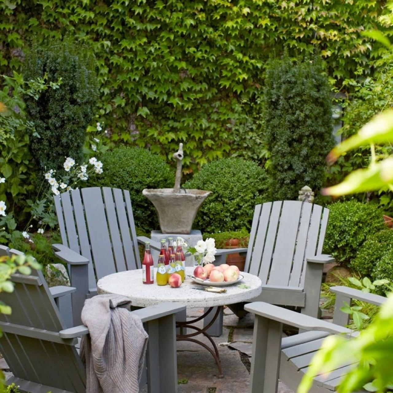 Perfect Small Outdoor Spaces Design Ideas 36