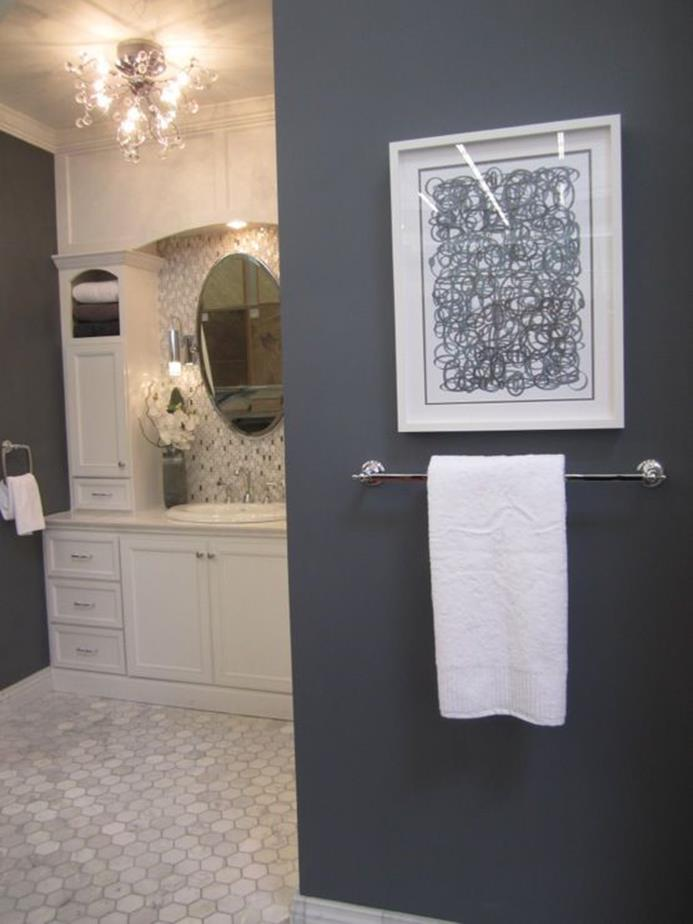 Stunning Gray Bathrooms with Accent Color Ideas 13