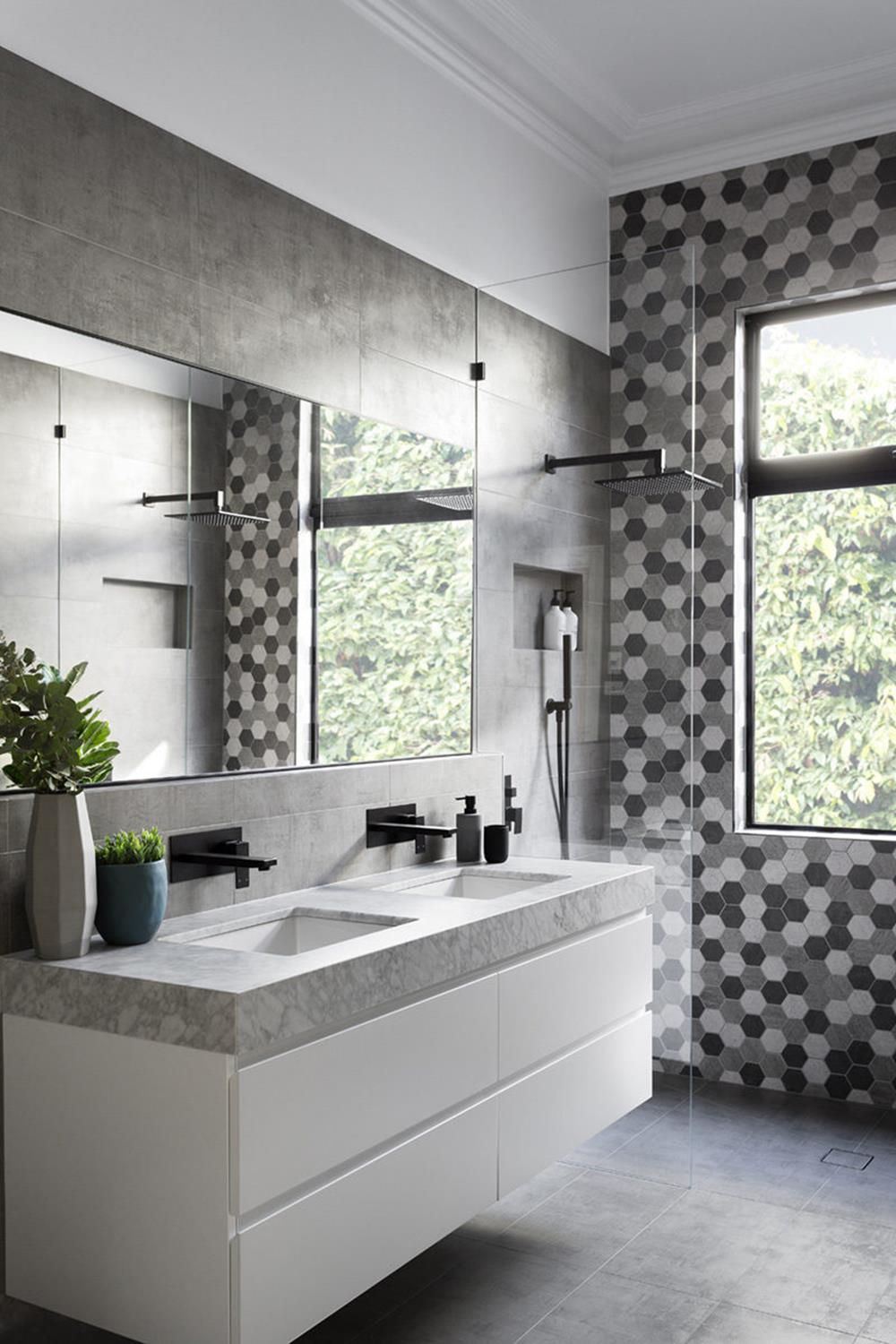 Stunning Gray Bathrooms with Accent Color Ideas 33 ...