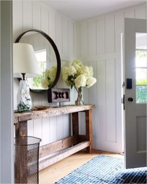 39 Stunning Farmhouse Hallway Decorating Ideas 69 What A Way to Make A First Impression A Beautiful Entry 4