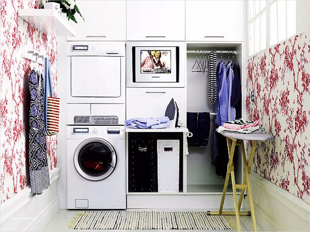 Laundry Room Wall Art Decor Layout 67 10 Mistakes to Avoid when Building A New Home Freshome 4
