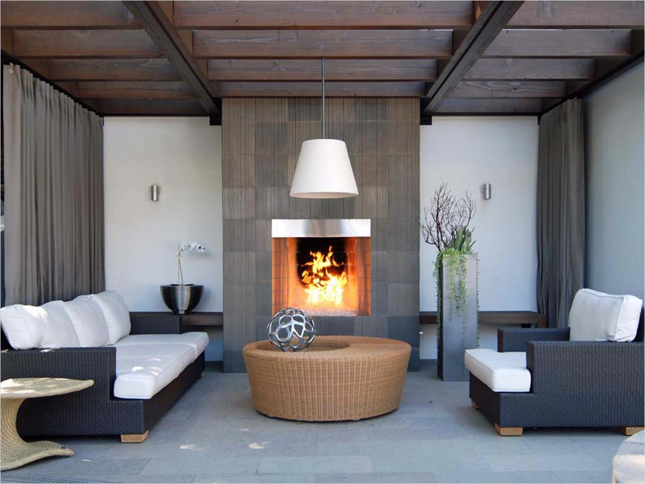 42 Cozy Small Outdoor Living Spaces 81 Outdoor Fireplace Options 5