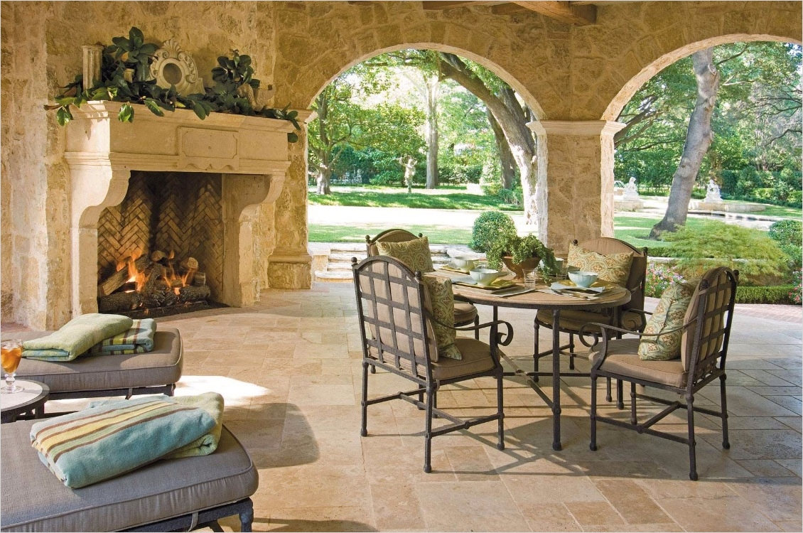 42 Cozy Small Outdoor Living Spaces 82 Outdoor Living Spaces by Harold Leidner 8
