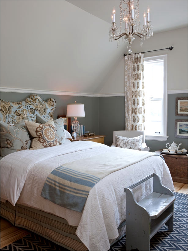 43 Stunning Country Farmhouse Bedroom Ideas 66 Beautiful Bright Quilts White Bead Board Walls and Baskets Tucked Under the Bed Give This 9