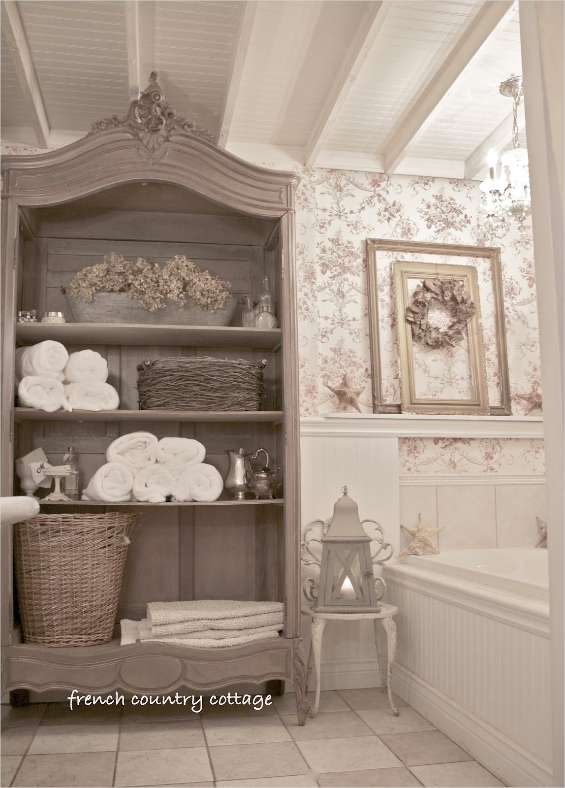 40 Stunning French Country Small Bathroom 96 Cottage Bathroom Inspirations French Country Cottage 8
