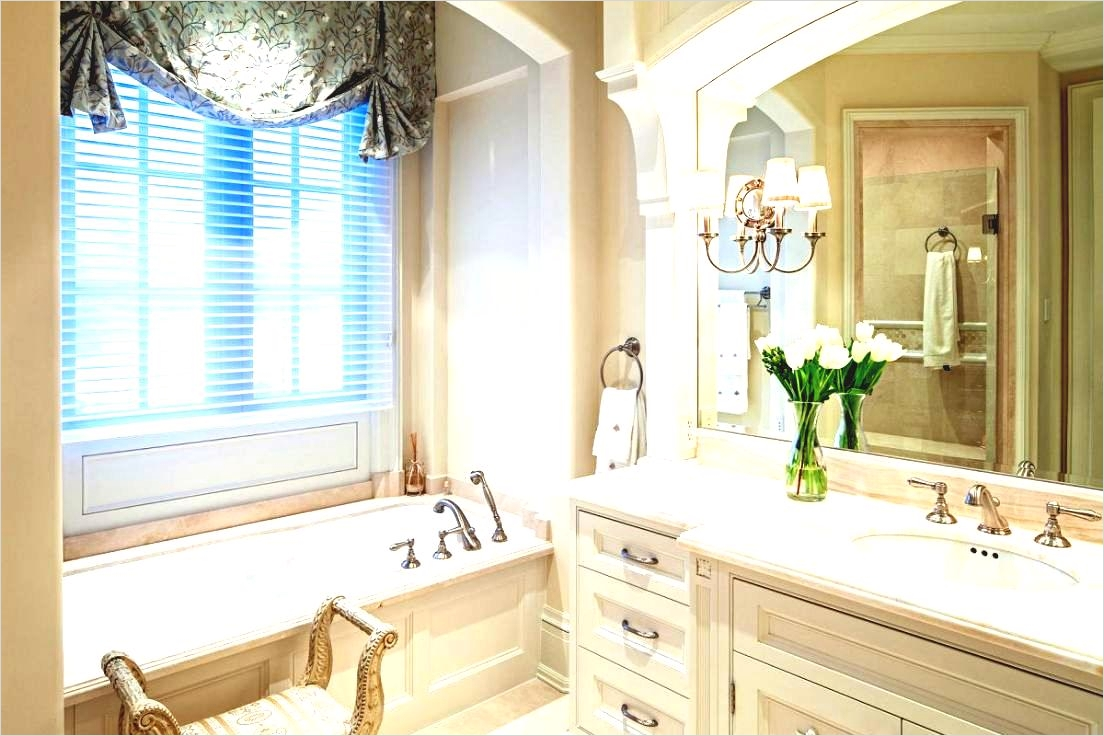 40 Stunning French Country Small Bathroom 96 French Bathroom Cabinet French Bathroom Decor Images About French Bathroom On Clawfoot Tubs 2