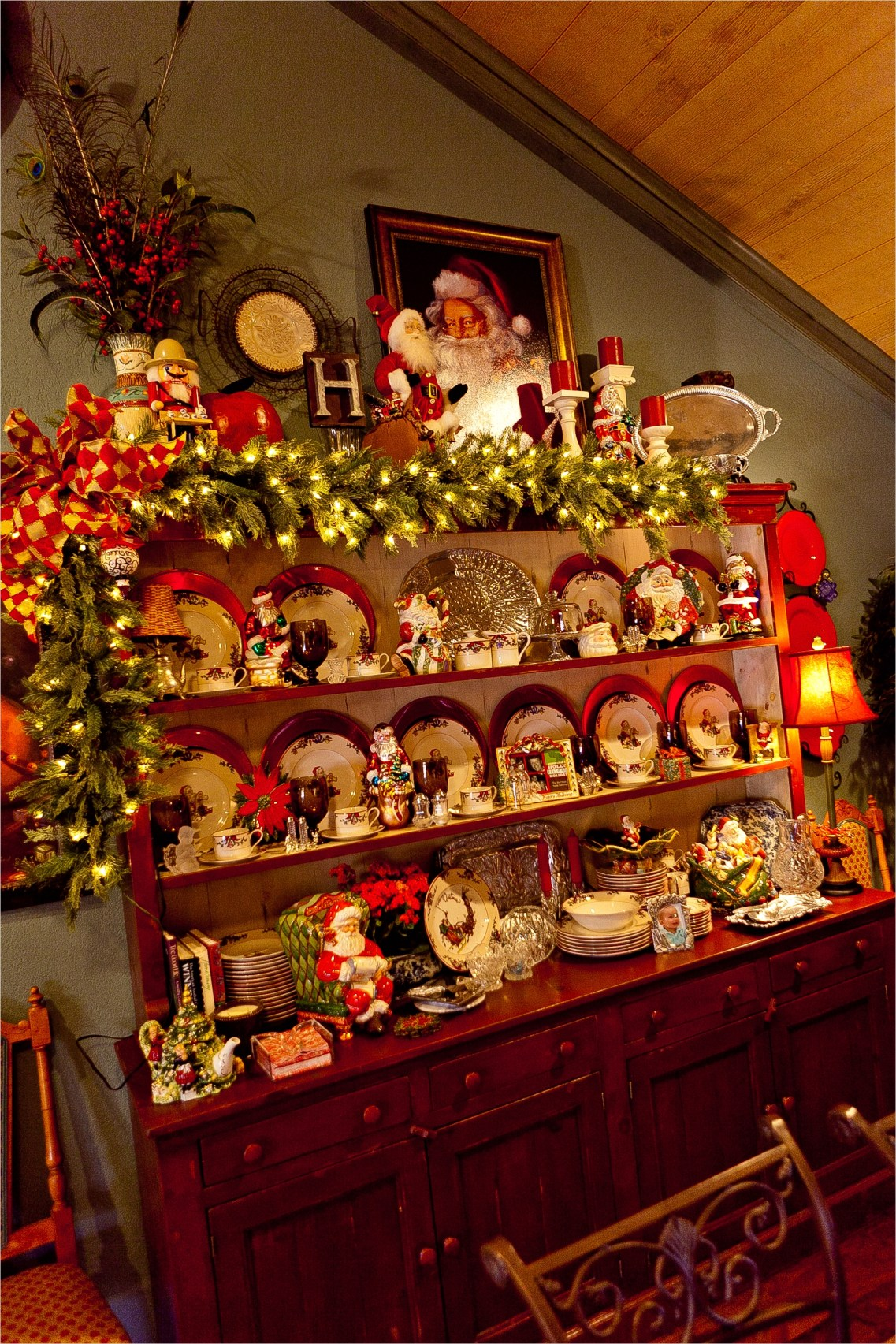 42 Stunning Country Christmas Centerpieces Ideas Ideas 14 Show Me More… Of A Country French Home Decorated for Christmas 1