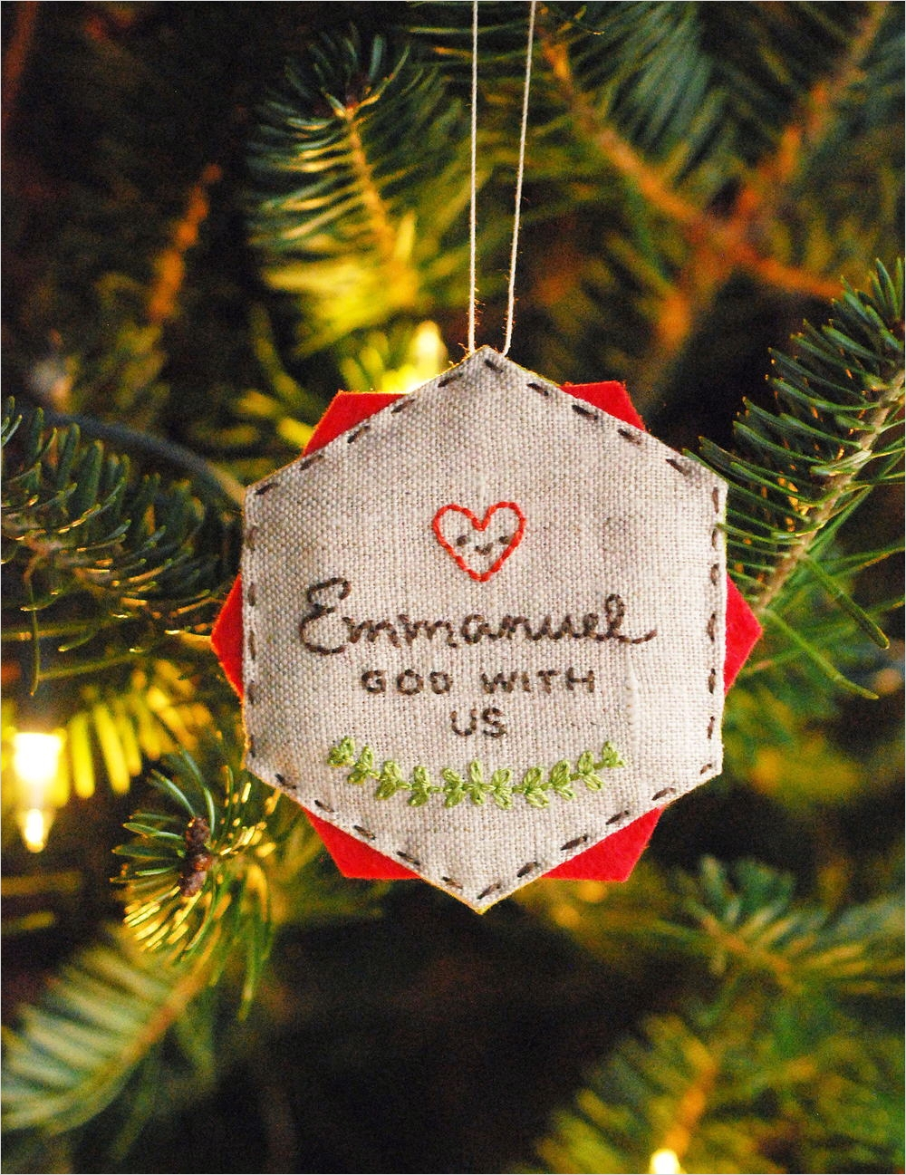 40 Diy Easy Christmas ornament Crafts Ideas 59 Easy Embroidered Diy Christmas ornament 1