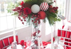 41 Adorable Christmas Table Centerpiece Ideas 2018 28