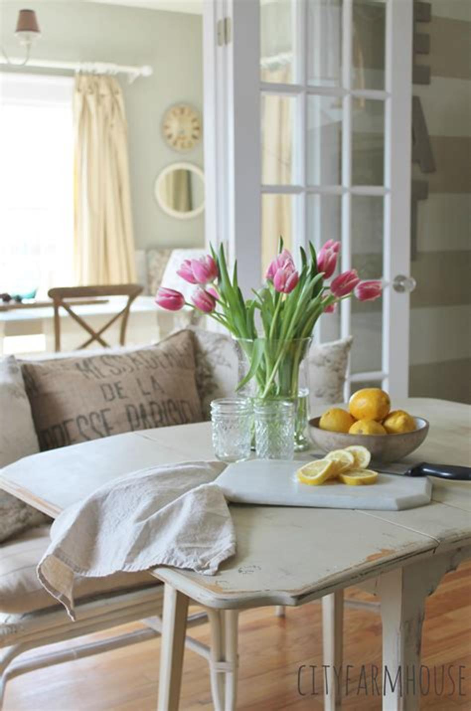 35 Stunning Spring Kitchen and Dining Room Decorating Ideas 2019 41
