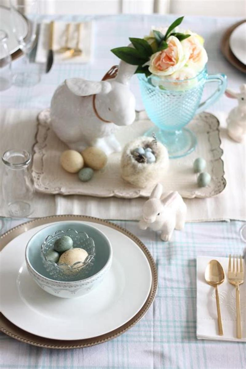 40 Beautiful DIY Easter Table Decorating Ideas for Spring 2019 30