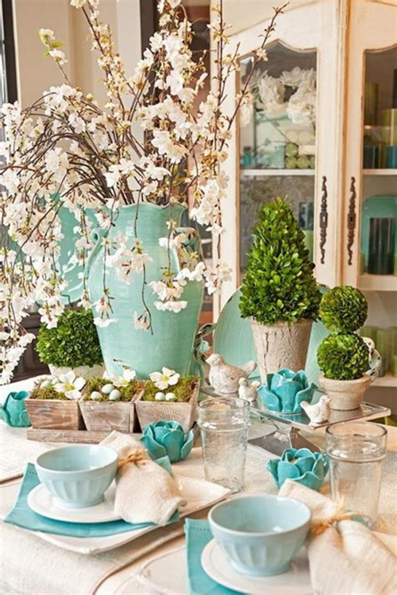 40 Beautiful DIY Easter Table Decorating Ideas for Spring 2019 56