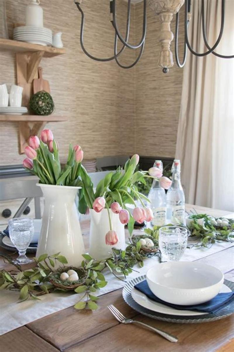 40 Beautiful DIY Easter Table Decorating Ideas for Spring 2019 58