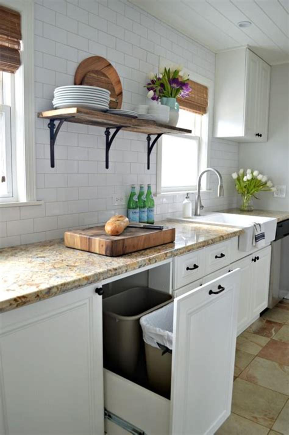 43 Amazing Kitchen Remodeling Ideas for Small Kitchens 2019 26