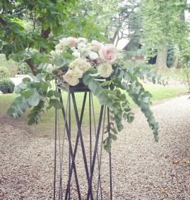 Composition florale sur les selettes du château