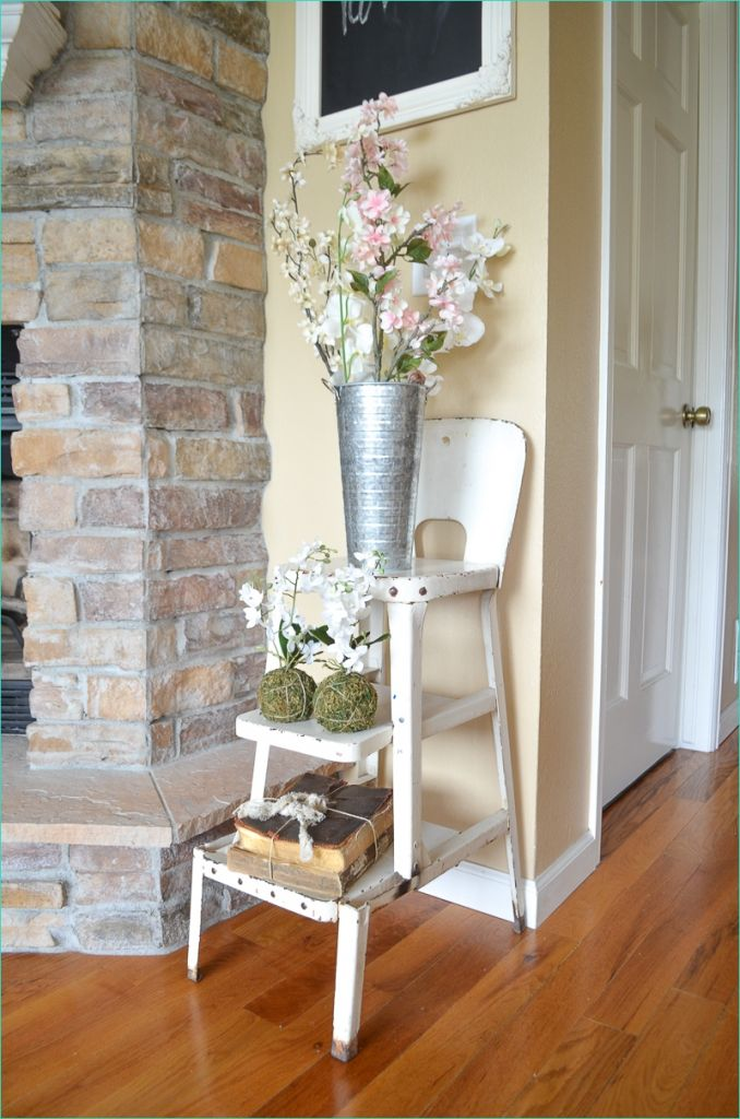 Spring Country Farmhouse Decor 37 Simple Spring Decor In the Living Room 2