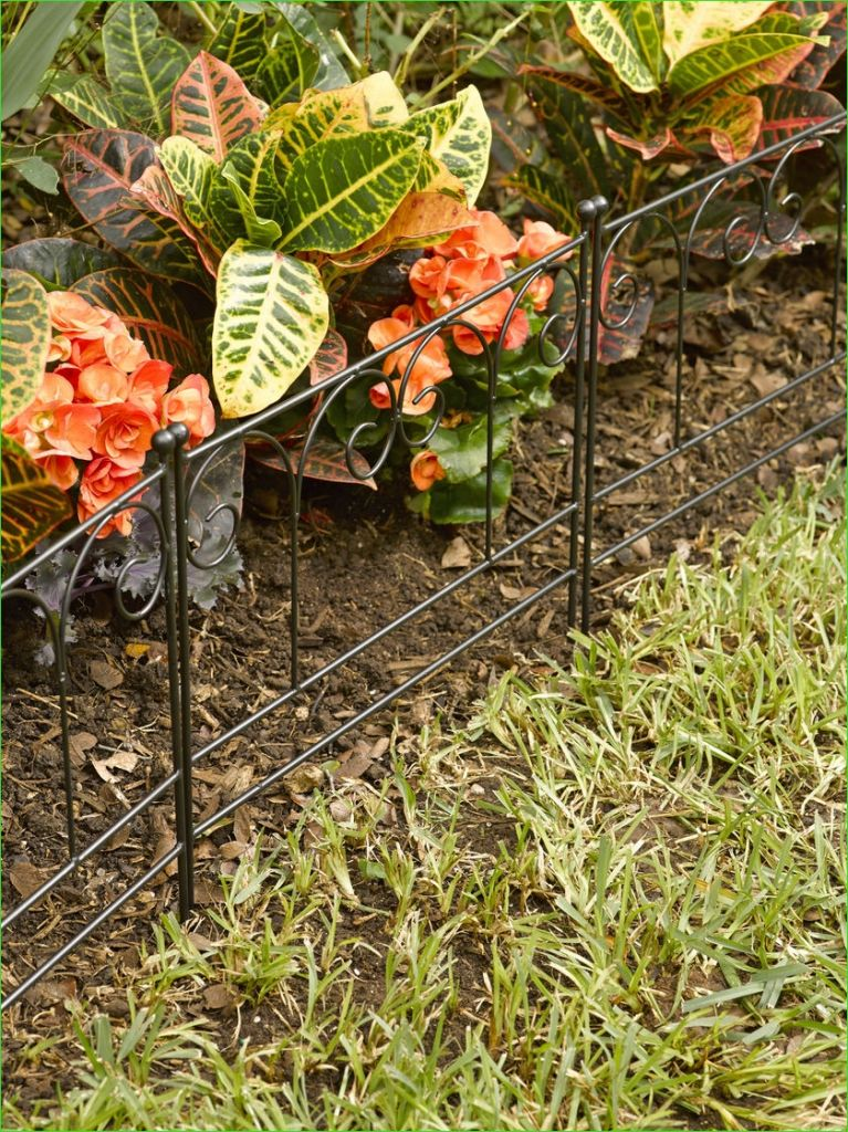 Garden Edging and Borders 84 Garden Border Fencing Decorative Victorian Garden Edging Set Of 3 6