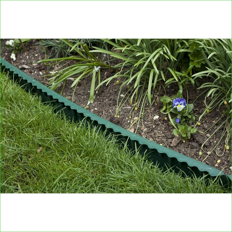 Garden Edging and Borders 86 Apollo Green Plastic Lawn Edging at Homebase 3