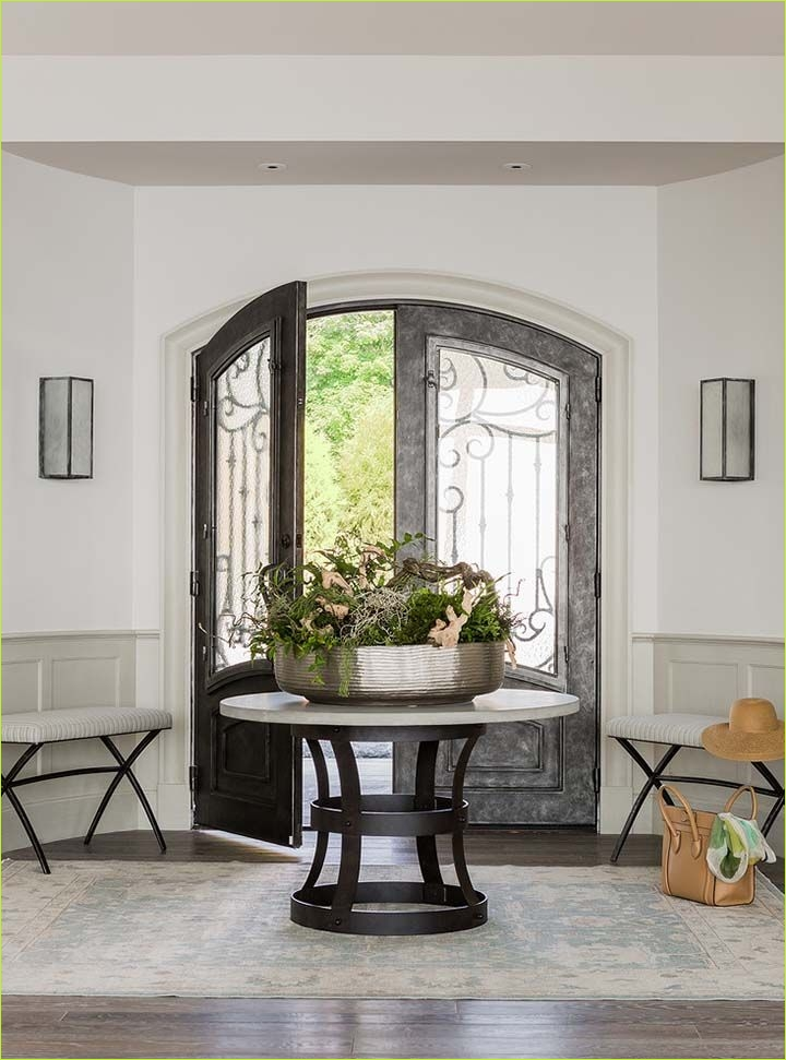 Round Foyer Entrance 65 Best 25 Round Entry Table Ideas On Pinterest 2