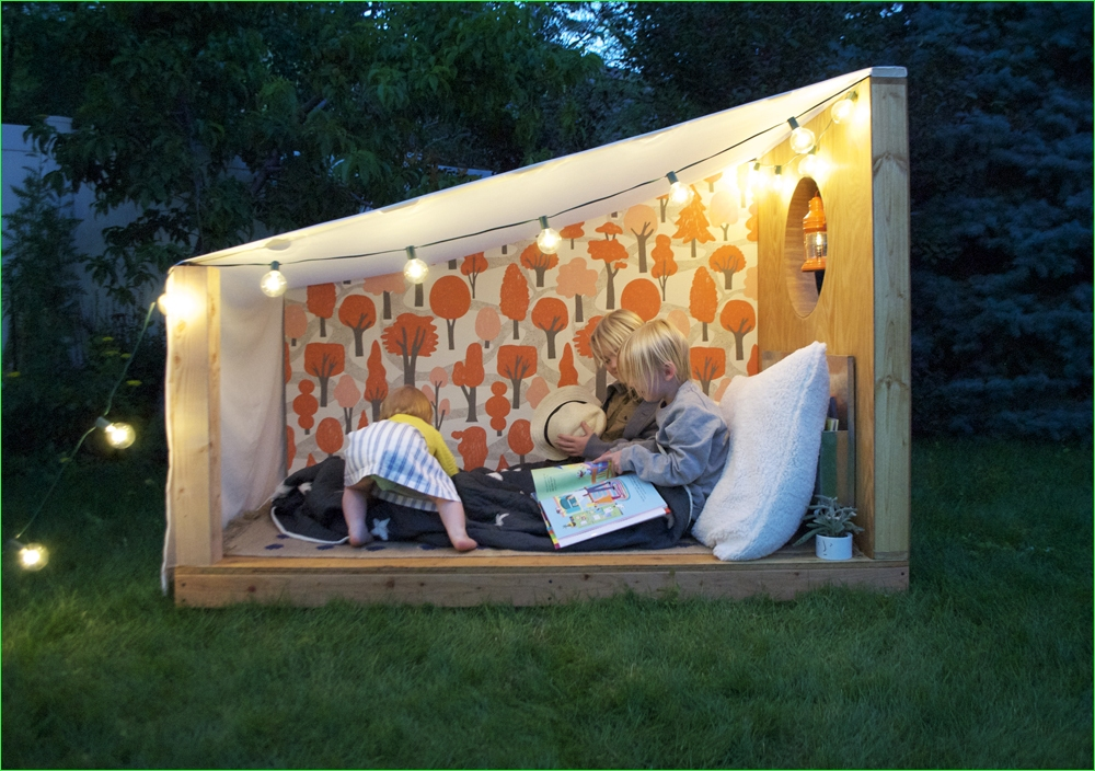 Small Outdoor Reading Nook 67 An Outdoor Book Nook with Pottery Barn Kids Mer Mag 9