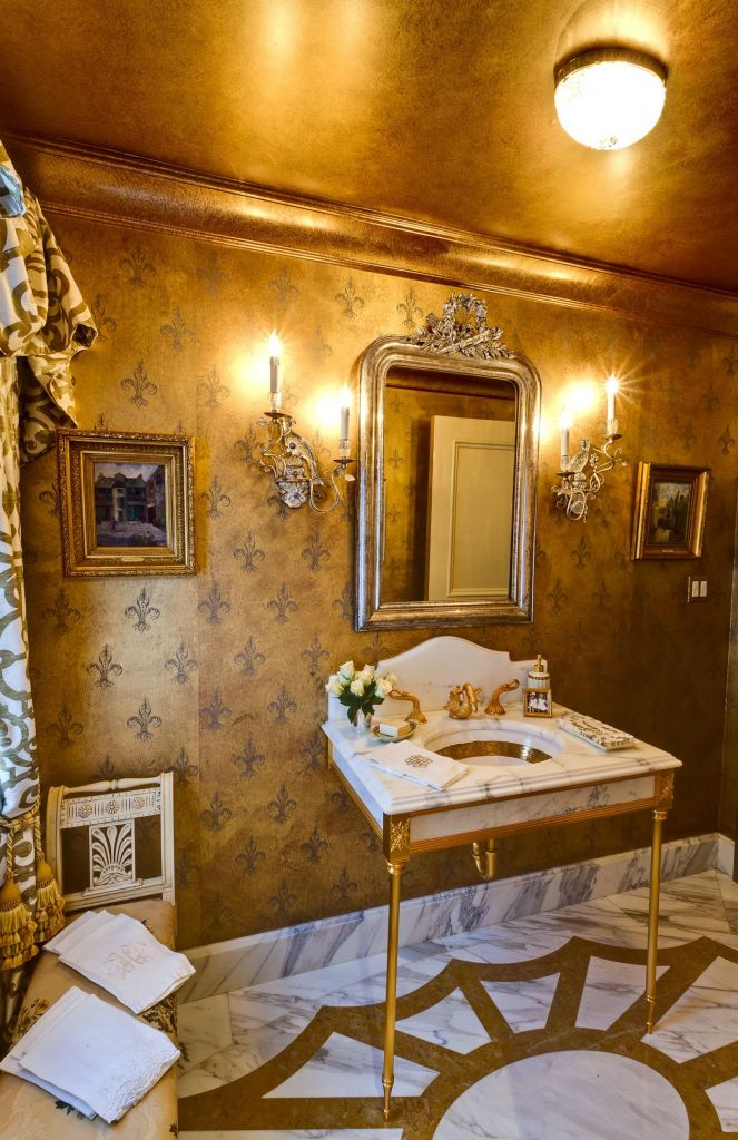 Beautiful Gold and White Bathroom 6