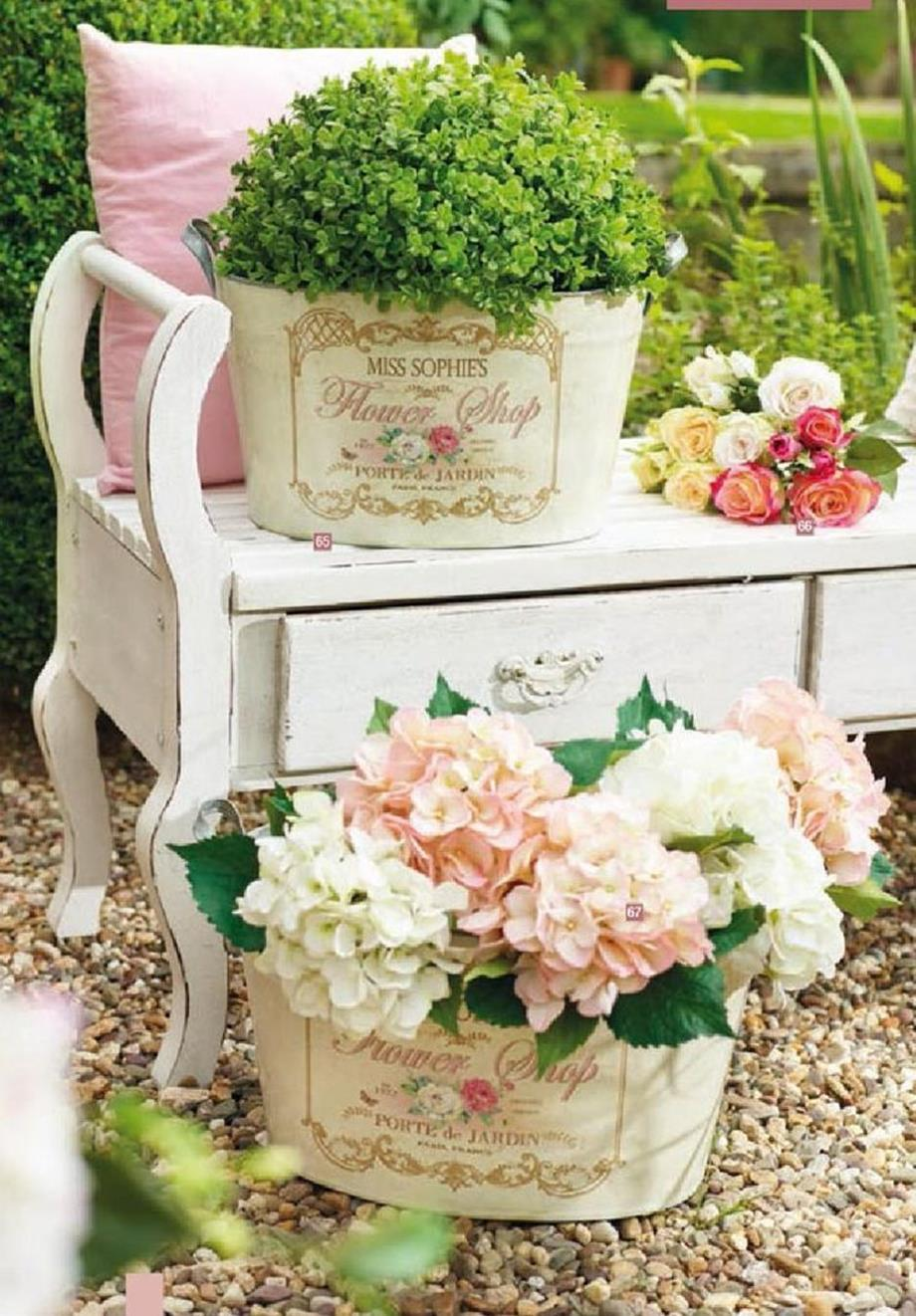 Shabby Chic Garden Decor 61