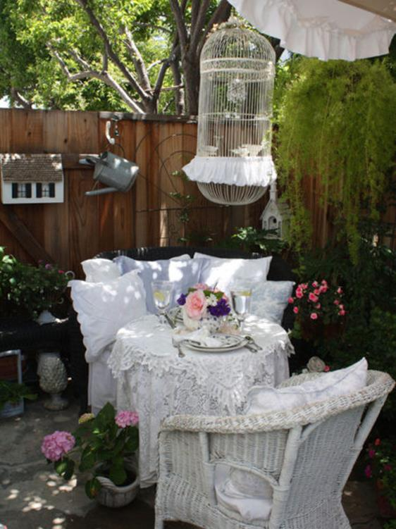 Shabby Chic Garden Decor 78