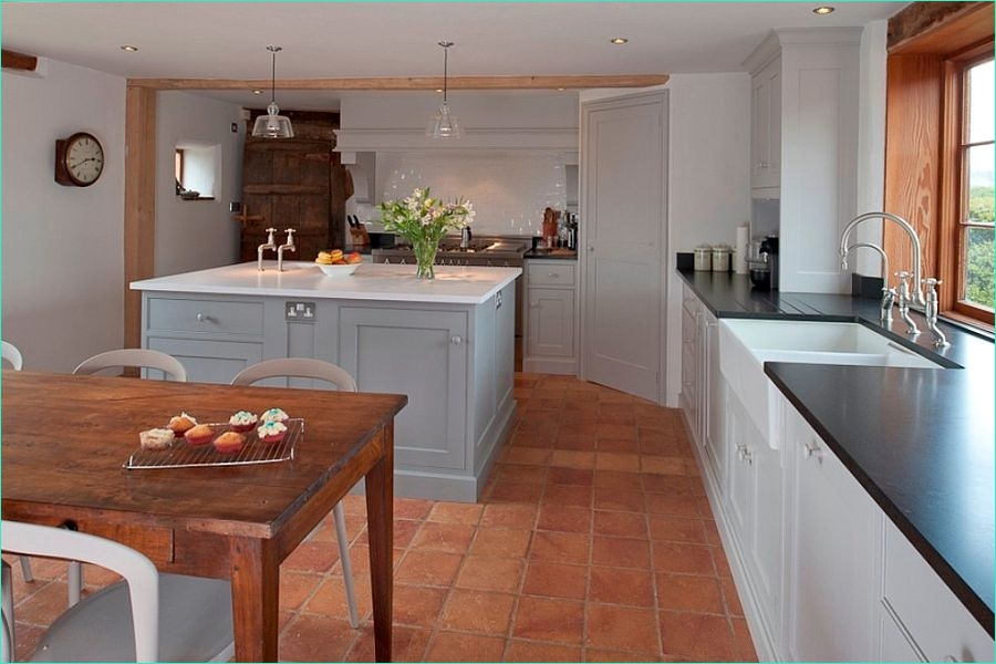 Terracotta Tiles Interior Design 96 20 Interiors that Embrace the Warm Rustic Beauty Of Terracotta Tiles 6